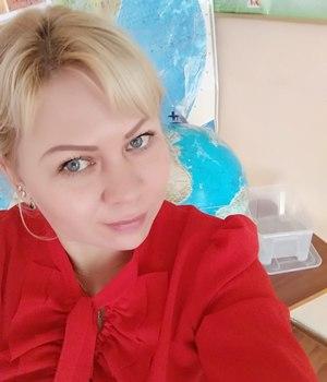 Анна Акулинина
